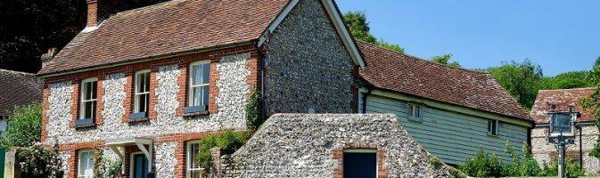 Cottage with sash windows
